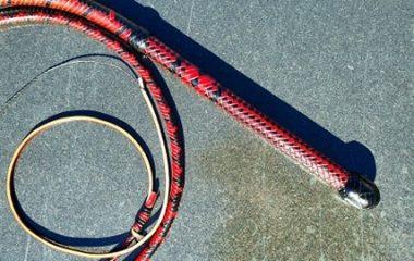 7ft Black/Red Aussie Bullwhip